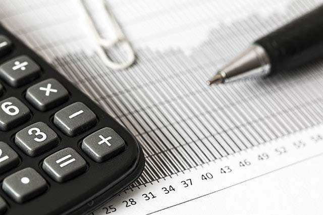 Gospodarka w fazie recesji – czy przewidywania okażą się słuszne?