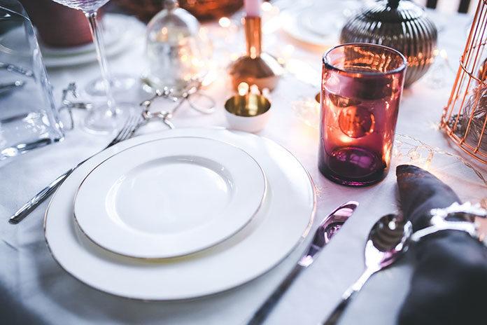 Jak wybrać obrus na stół?